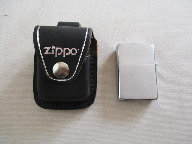 2d4b564b15b MIL ANUNCIOS.COM - Mechero zippo, con su funda de cuero.