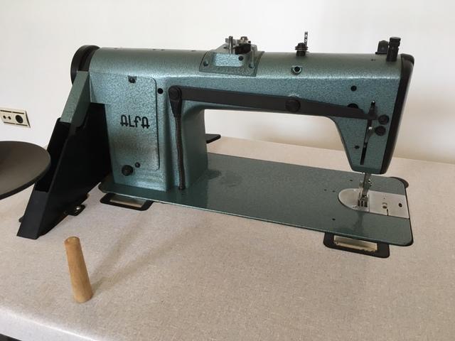 MIL ANUNCIOS.COM - Maquina de coser Alfa 157