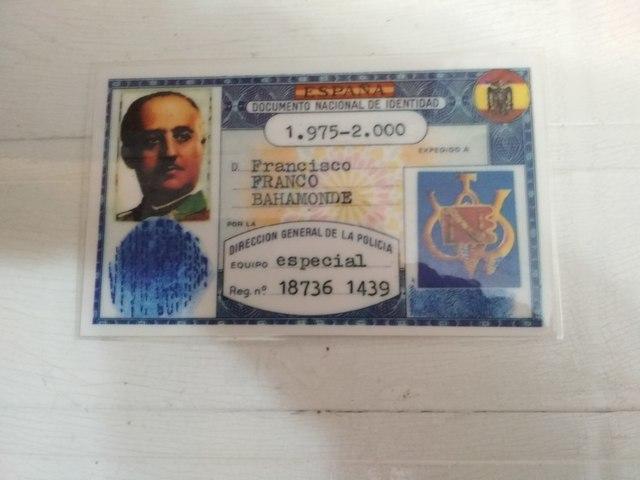 CALEDARIOS Y DNI DEL GENERAL FRANCO - foto 3