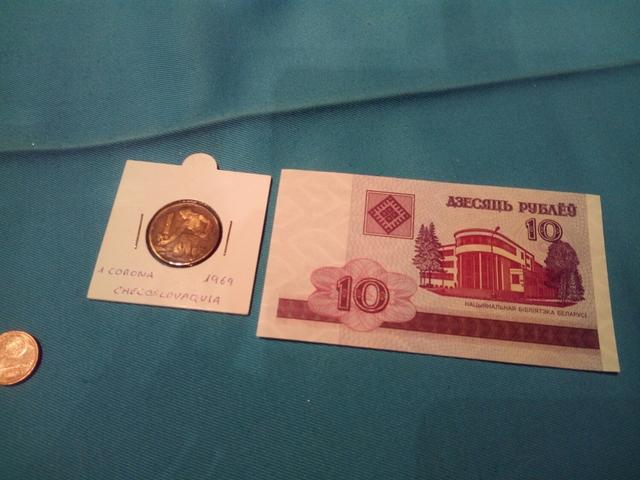 Moneda Antigua Y Billete De Regalo.