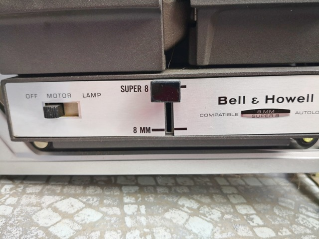 PROYECTOR SUPER 8 ,  BELL AND HOWELL - foto 6
