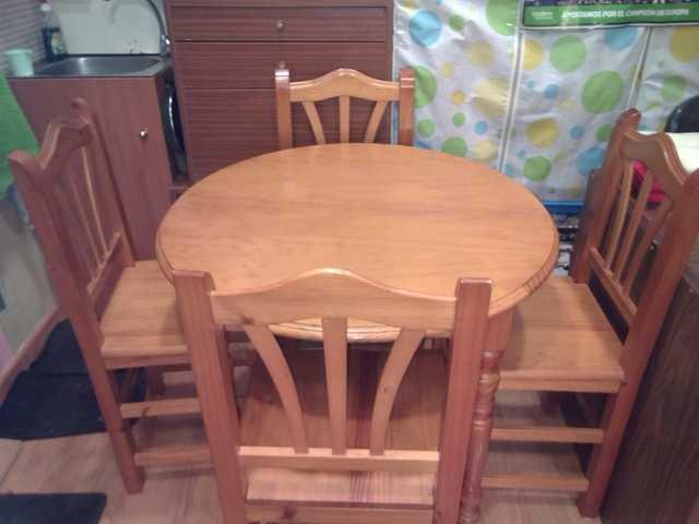 mesa de comedor madera y sillas
