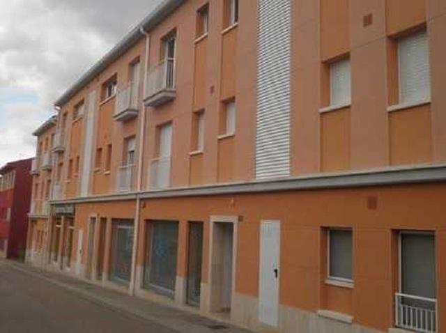 EXCELENTE LOCAL COMERCIAL EN LLAGOSTERA.  - foto 2