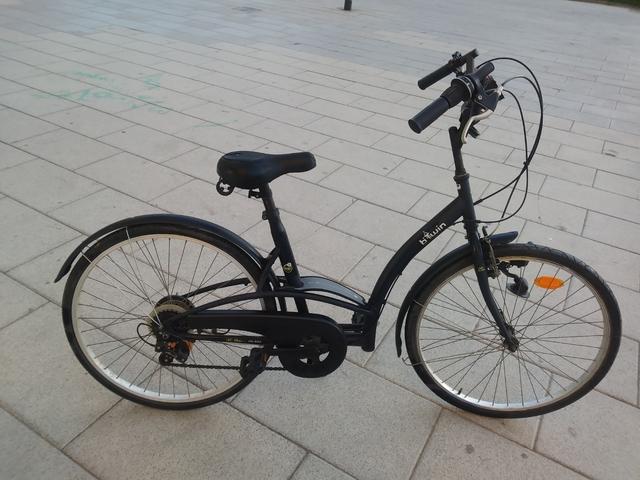 Bicicleta Urbana Btwin Con Cesta