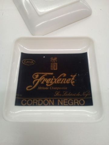 Cenicero Freixenet Cordon Negro