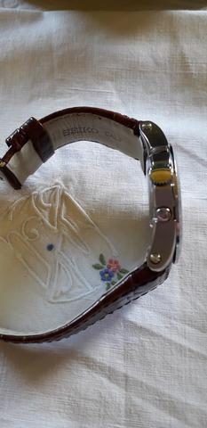 montadora de collares en ibiza 2019