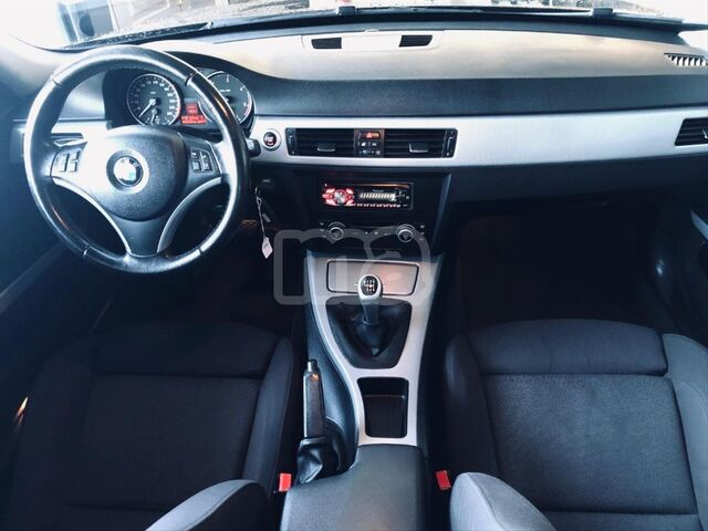 BMW - SERIE 3 320D TOURING - foto 7