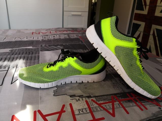 MIL ANUNCIOS.COM Zapatillas running talla 44 Segunda mano