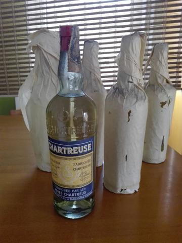 Le Compro En El Acto Sus Botellas