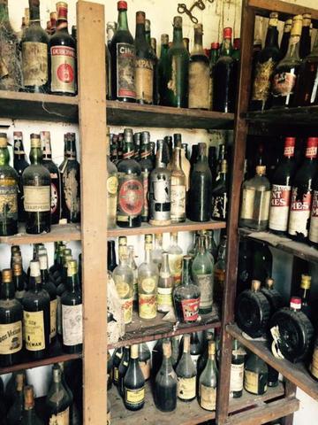 Se Compran Botellas De Vino Antiguas
