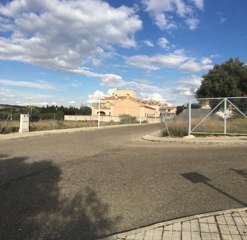 PARCELA URB. SAN BERNARDO JUNTO AL COLEGIO - foto 3