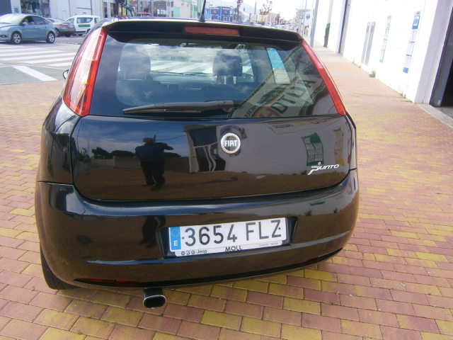 FIAT - GRANDE PUNTO SPORT 1. 9TDI - foto 2