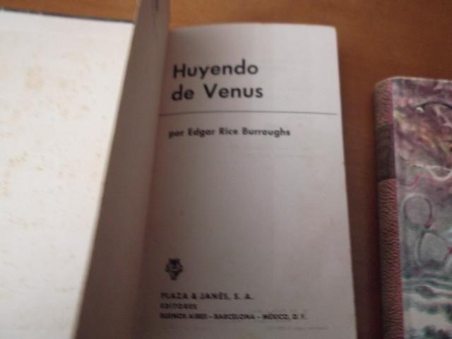 HUYENDO DE VENUS Y CARSON EN VENUS - foto 7