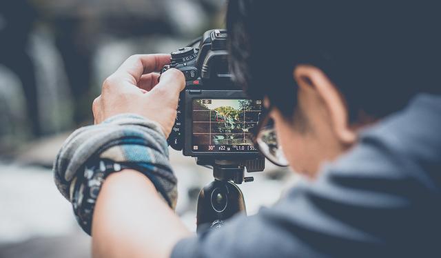 FOTÓGRAFO - VIDEOGRAFO - foto 1