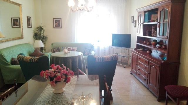 ALQUILO PISO 4 DORMITORIOS EN BAEZA - foto 6