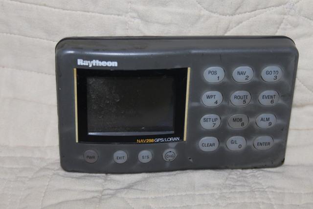 GPS RAYTHEON NAV 298GPS LORAN - foto 1