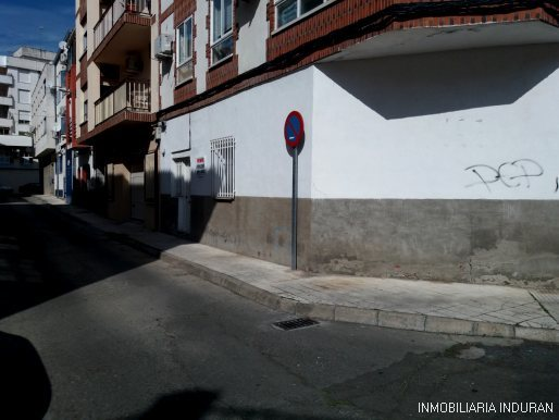 PLANTA BAJA DE 42 M2 CON BAÑO Y 1 DORM.  - foto 1