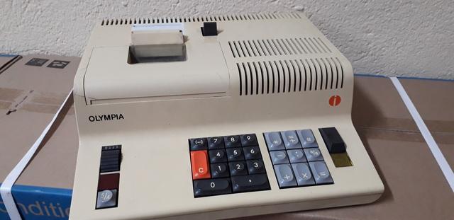 Calculadora Eléctrica Olympia Werke