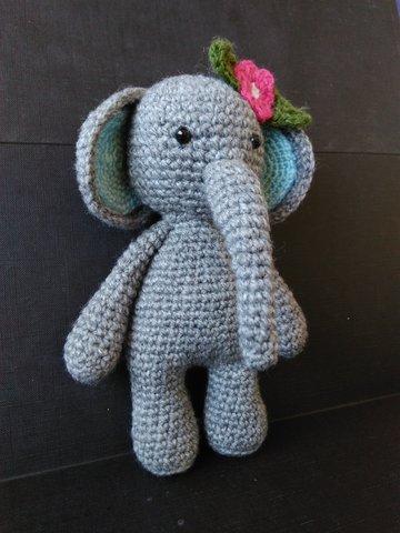 Elefante Nuno Parte 2 - Amigurumi Passo a Passo por Glê Negri - YouTube | 480x360