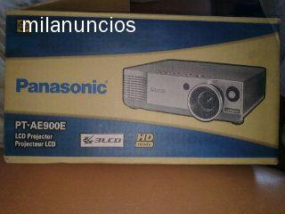 PANASONIC - PT-AE900E - foto 1