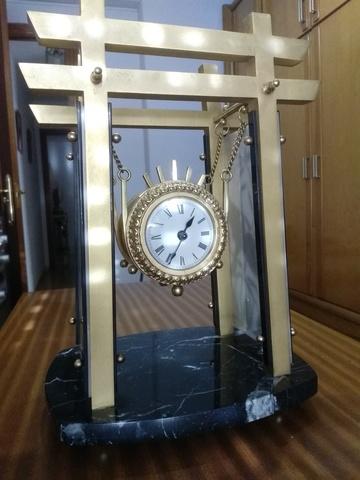 Reloj Sobremesa Bronce Templo Japones