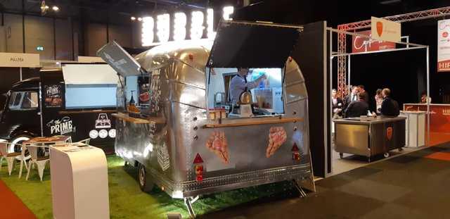 FOOD TRUCK 190 MES RENTING BANCO SABADEL - foto 7