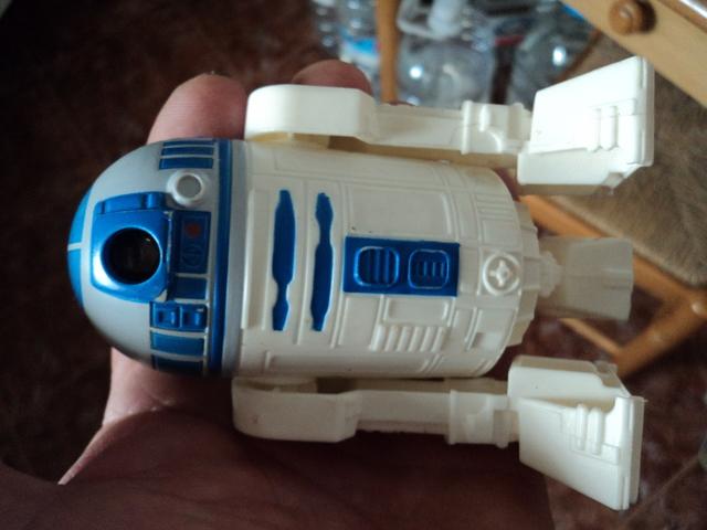 Miniatura Robot R2