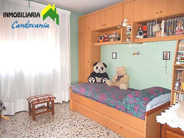 GURREA DE GÁLLEGO - foto 7
