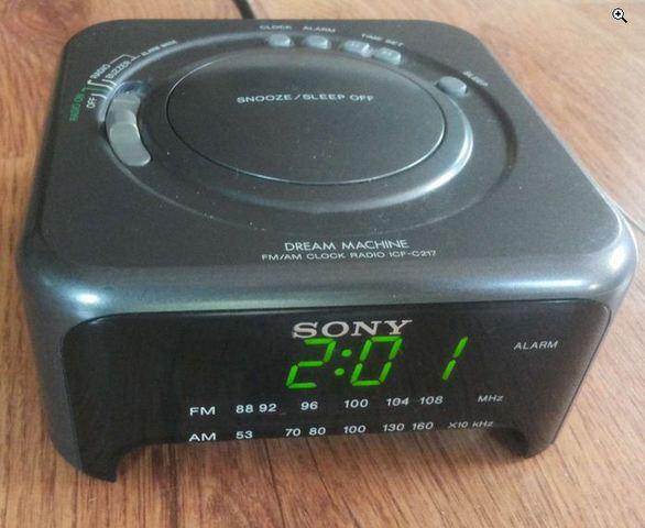 Radio Reloj Despertador Vintage Sony
