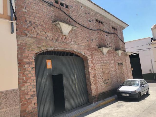 CASA PISO COCHERA LOCAL COMERCIAL - foto 5