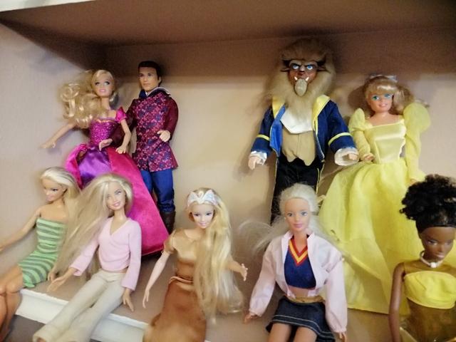 Colección De Barbie Ken Y Action Man