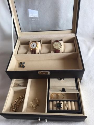 ef867f799 MIL ANUNCIOS.COM - Estuche porta relojes Segunda mano y anuncios ...