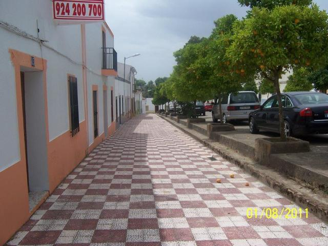 SE VENDE CASA CON GRAN CORRAL - foto 9