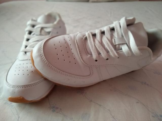 Anuncios Mano Anuncios Y Mil Zapatillas com Segunda Talla Nike 38 rWCodxBe