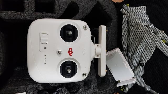 DRON DJI PHANTON 3 - foto 3
