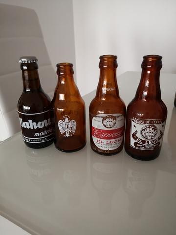Botellas De Cerveza Mahou El León Cruz