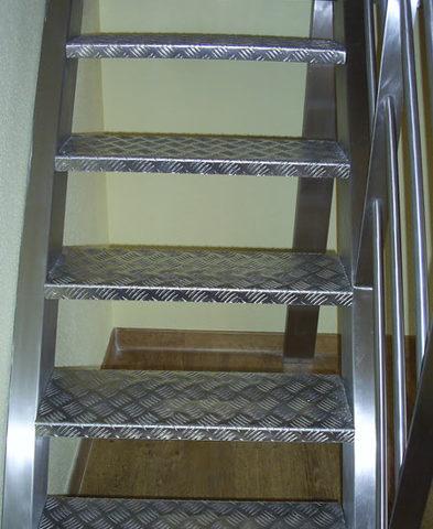 Escaleras Y Peldaños