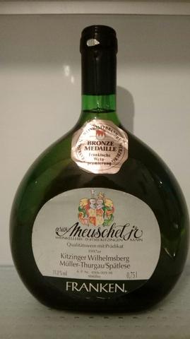 Botella Vino Aleman Franken.