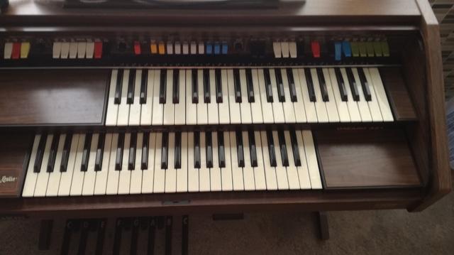 VENDO ORGANO PIANO - foto 7