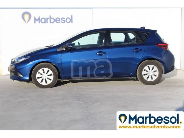 TOYOTA - AURIS 1. 4 90D BUSINESS - foto 2