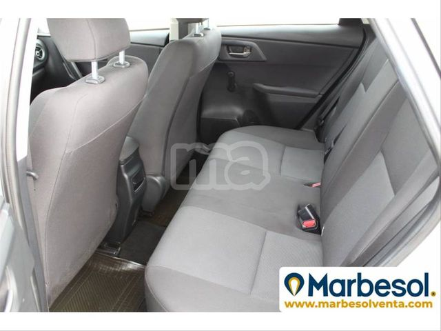 TOYOTA - AURIS 1. 4 90D BUSINESS - foto 8