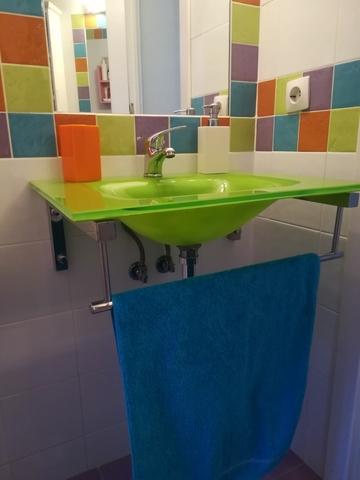 Lavabo Verde Pistacho.Lavabo De Cristal Con Soporte Y Grifo