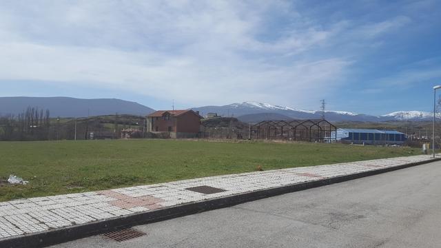TERRENOS.  CASAS Y EDIFICIOS POR REINOSA - foto 4