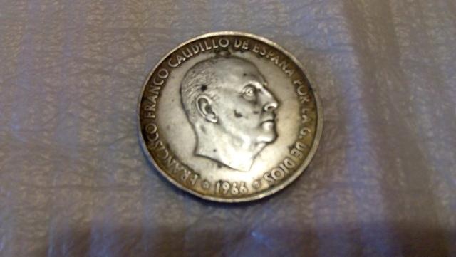 MONEDA DE PLATA 100PESETAS segunda mano  Abadía