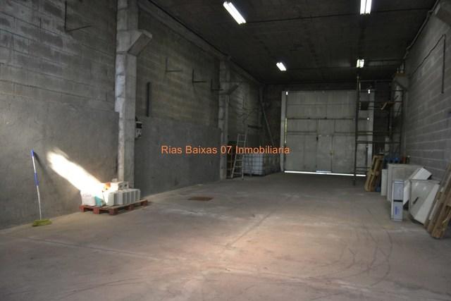 REF 2755 NAVE COMERCIAL DE 450M2 CON - foto 2
