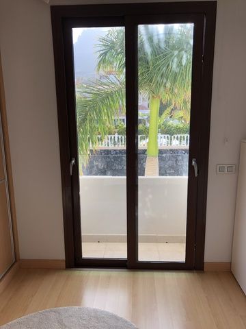 Puertas Correderas Aluminio Rt