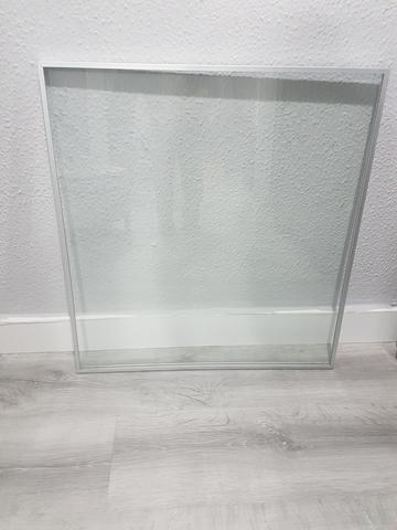 besta ikea con puertas de aluminio antiguas