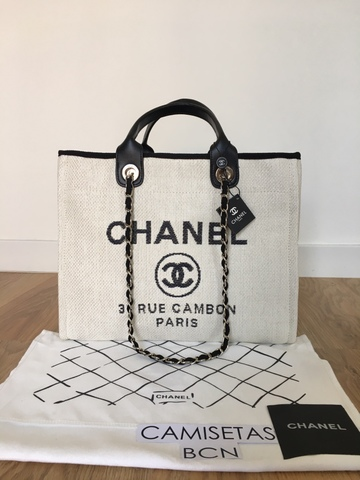 6687379a685ca8 MIL ANUNCIOS.COM - Bolso Chanel Blanco Modelo Deauville