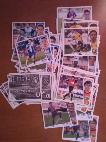 Lote 90 Cromos Liga Este 2004/2005
