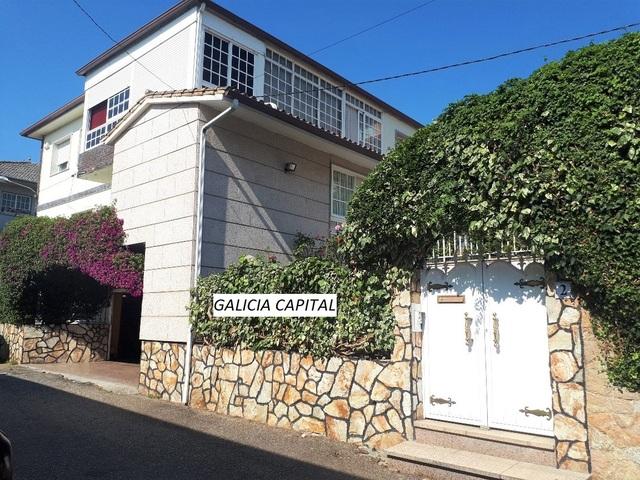 CASA CON PISCINA Y VISTAS A LA RIA - foto 9